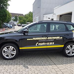 individuelle Teilfolierung und Fahrzeugbeschriftung - gelb