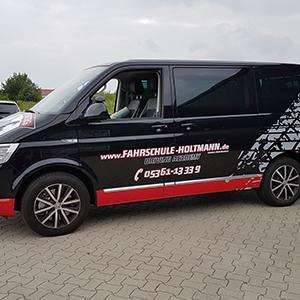 individuelle Teilfolierung und Fahrzeugbeschriftung - Transporter