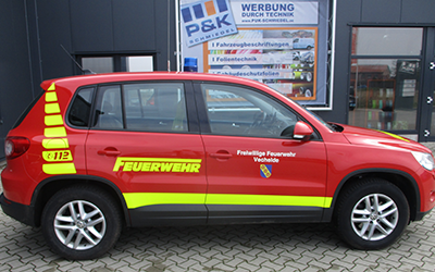 Fahrzeugbeschriftung mit Dekor für die Feuerwehr