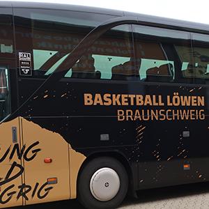 Basketball_Loewen_2